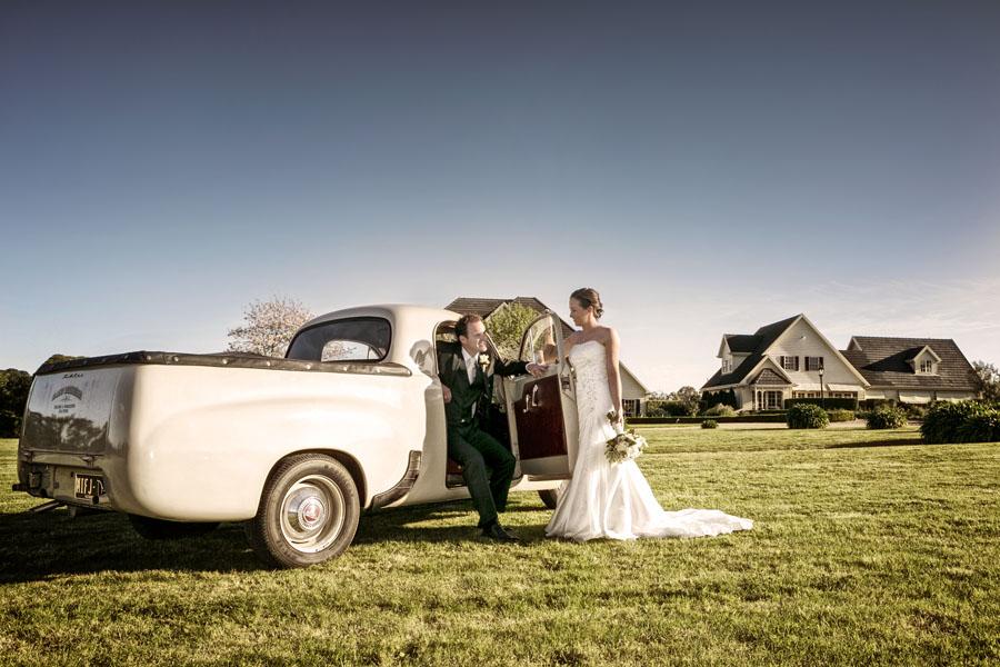 beach box photography - wedding couples - modern style